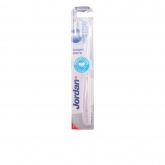 Jordan Target White Toothbrush Medium