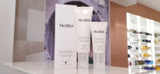 MEDIK8, experts in VITAMIN A and VITAMIN C.