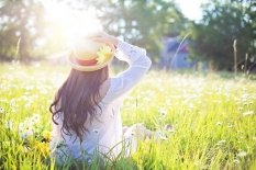 10% discount ☀ Enjoy spring by protecting your skin from the sun ☀