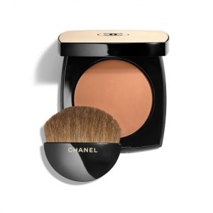 LES BEIGES HEALTHY GLOW SHEER POWDER